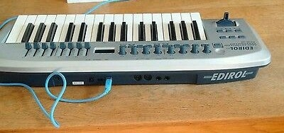 Compact keyboard for employment with regular sequencers