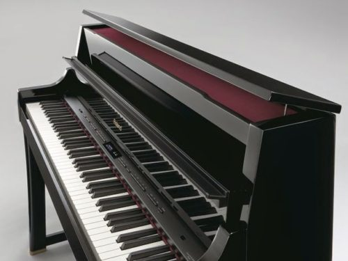 Roland LX 17 church piano