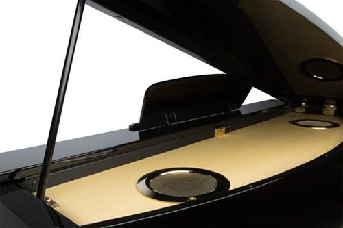 An elegant, glossy and economical piano